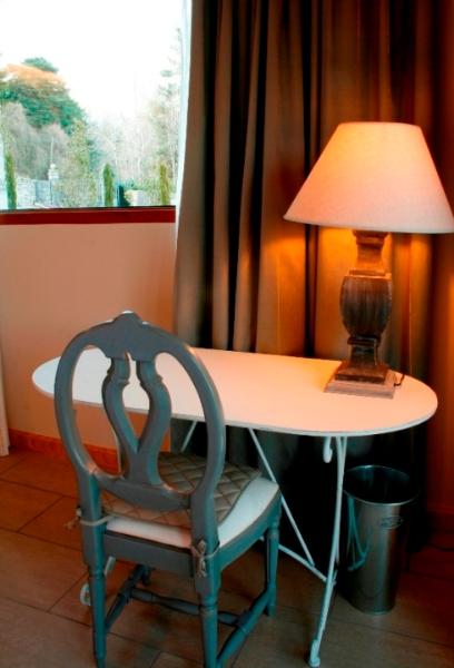 habitacion-5-escritorio